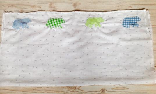 DIY Applique Muslin Burp Cloths poppysews.com