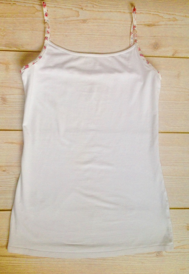 Nursing / breastfeeding vest top refashion poppysews.com